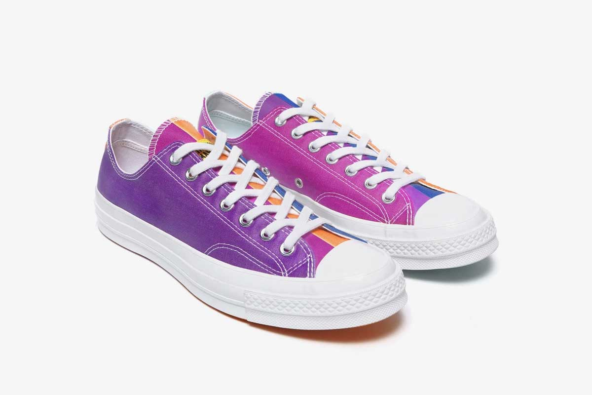 Diese Sneaker ändern ihre Farbe bei Sonnenlicht-Einstrahlung UV-aktivierte-sneaker_08