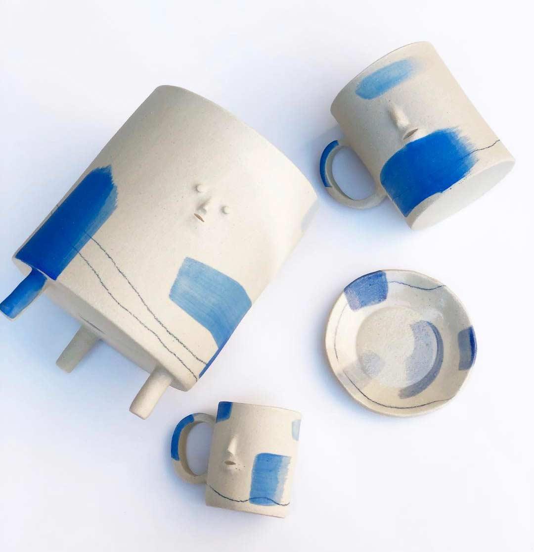 Keramikware mit Miniatur-Gesichtern keramik-mit-gesichtern-rami-kim_04