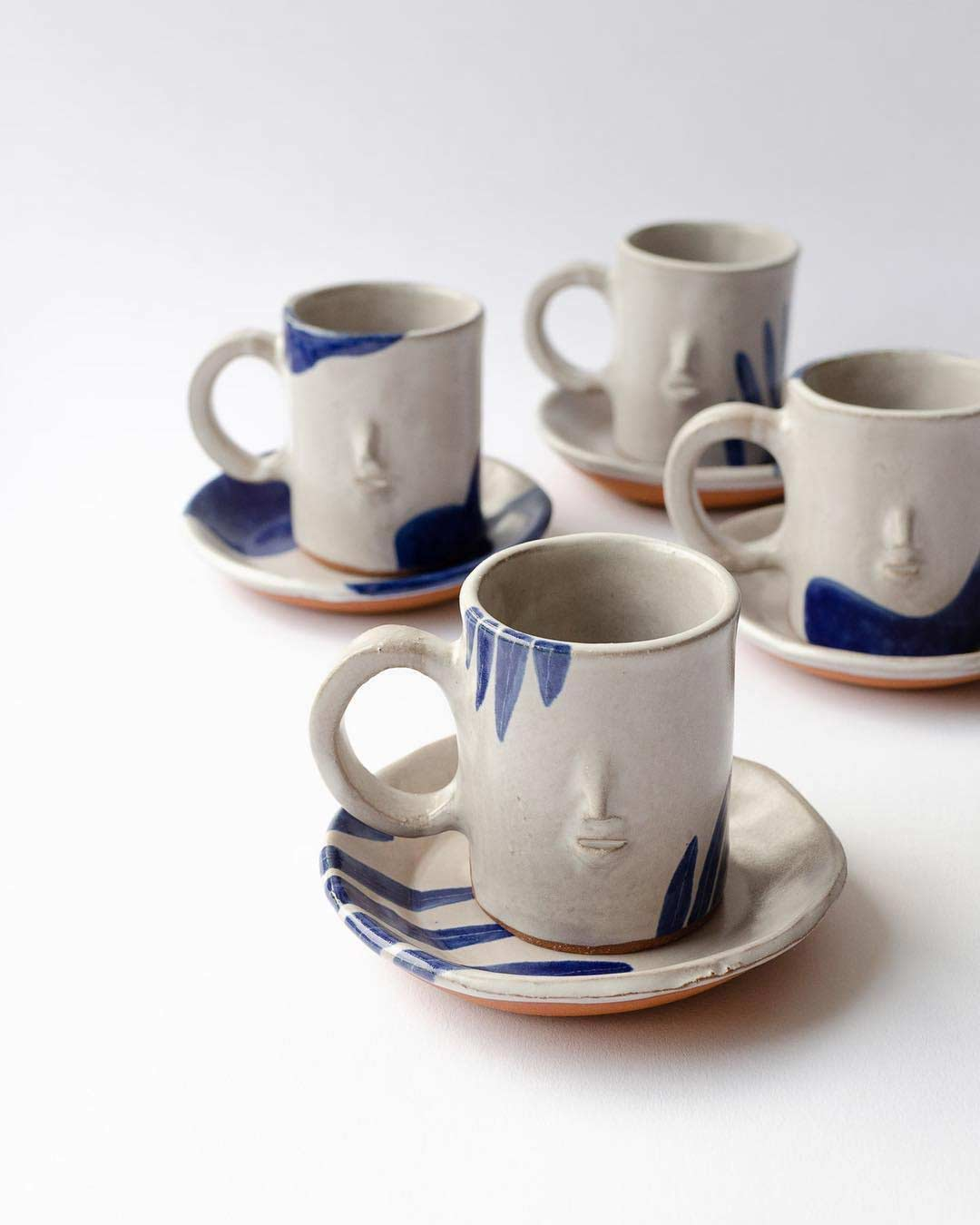 Keramikware mit Miniatur-Gesichtern keramik-mit-gesichtern-rami-kim_07