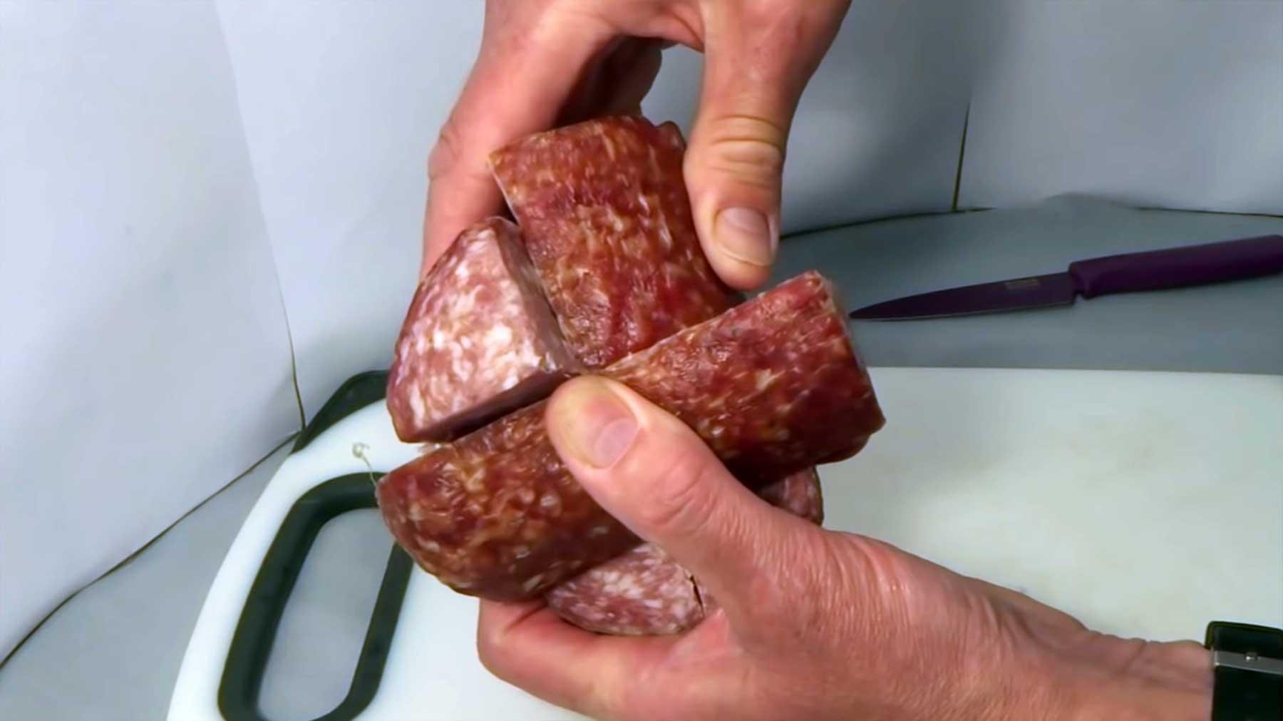 Zauberwürfel aus Salami salami-zauberwuerfel-rubiks-cube