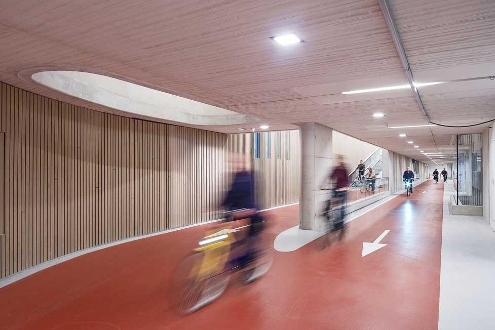 In Utrecht steht die größte Fahrrad-Garage der Welt Fahrradgarage-utrecht_05