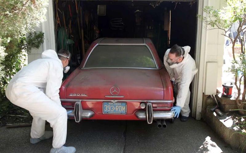Reinigung eines 37 Jahre nicht bewegten Mercedes 280 SL