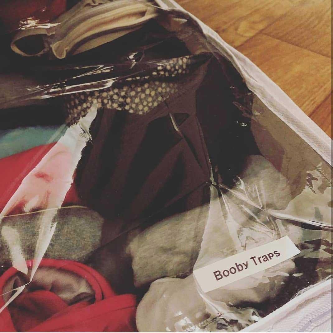 Braut macht das Beste aus dem Label Maker als Hochzeitsgeschenk lita-label-marker-hochzeitsgeschenk_06