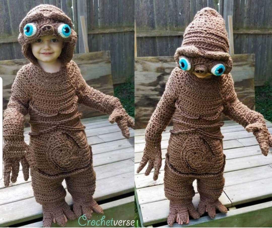 Gehäkelte Kostüme von Crochetverse Stephanie-Pokorny-crochetverse-gehaekelte-verkleidungen_02