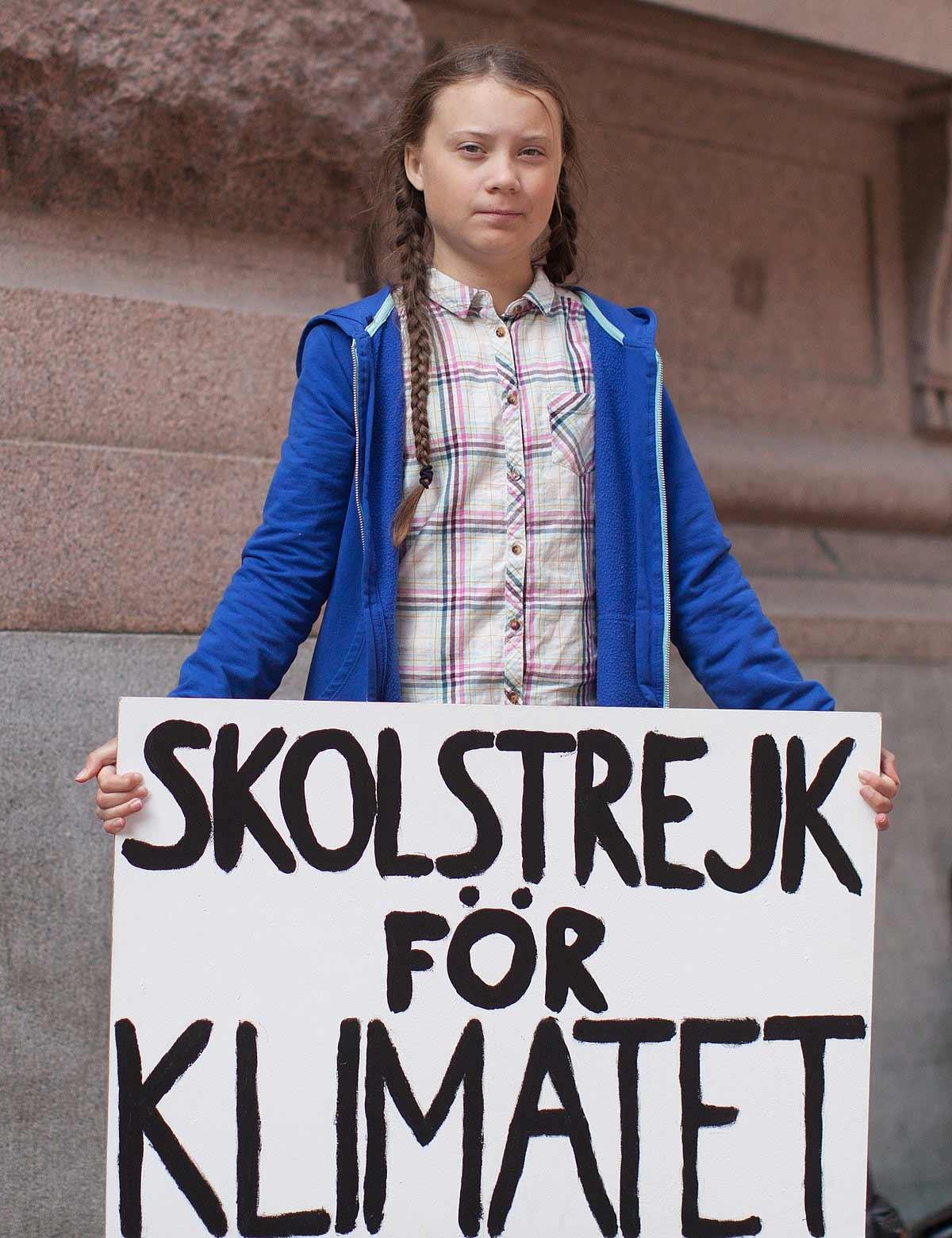 Schriftart aus Greta Thunbergs Streikschild-Buchstaben greta-grotesk-thunberg-schriftart_03