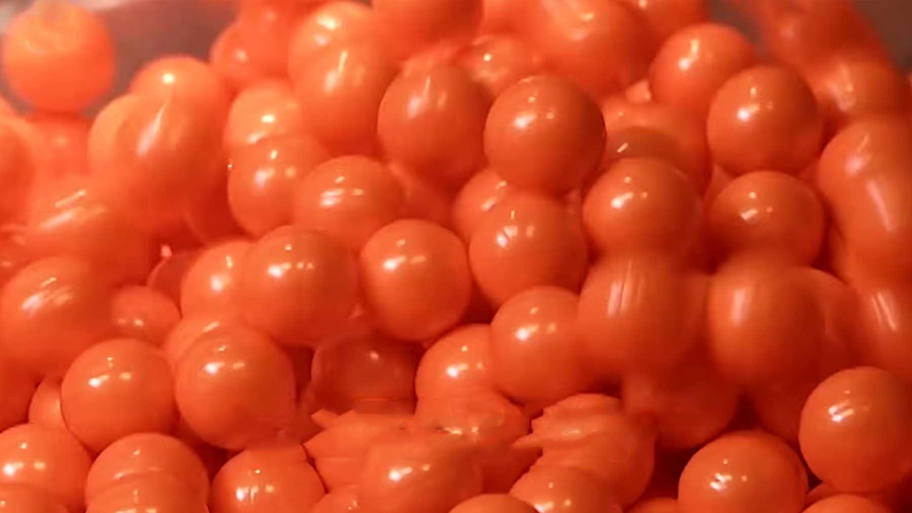 Wie werden eigentlich Paintball-Kugeln hergestellt?