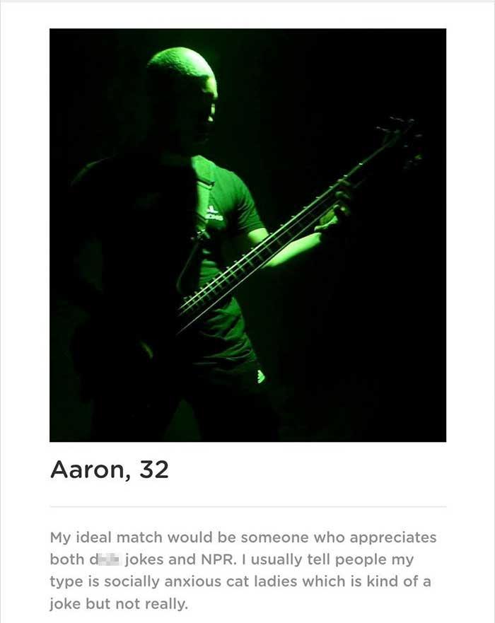 Typ erstellt Dating-App, die ihn als einzigen Mann etliche Male zeigt Aaron-smith-dating-app-singularity_01