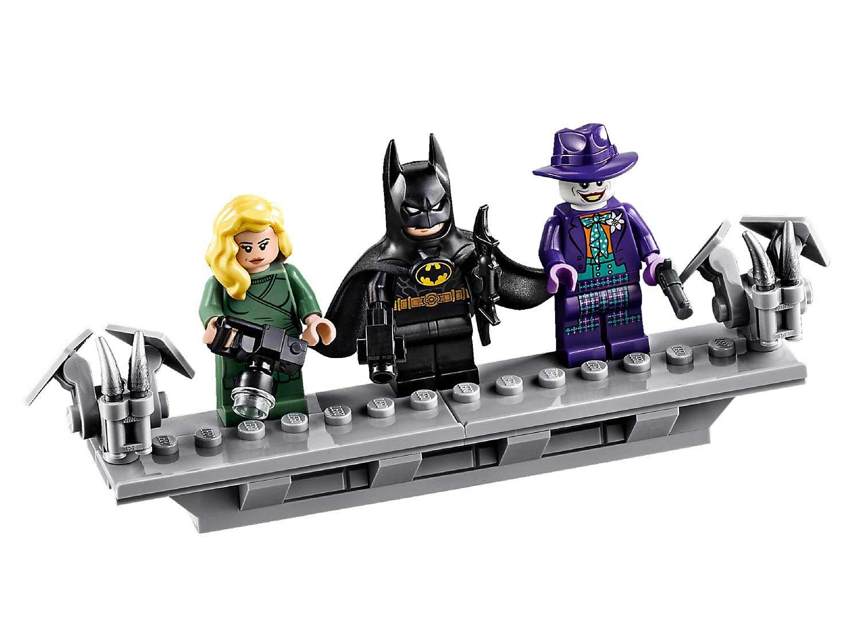 Batman: LEGO 1989 Batmobile-Set (76139) LEGO-1989-Batmobile-DC-76139-modell-batman_07
