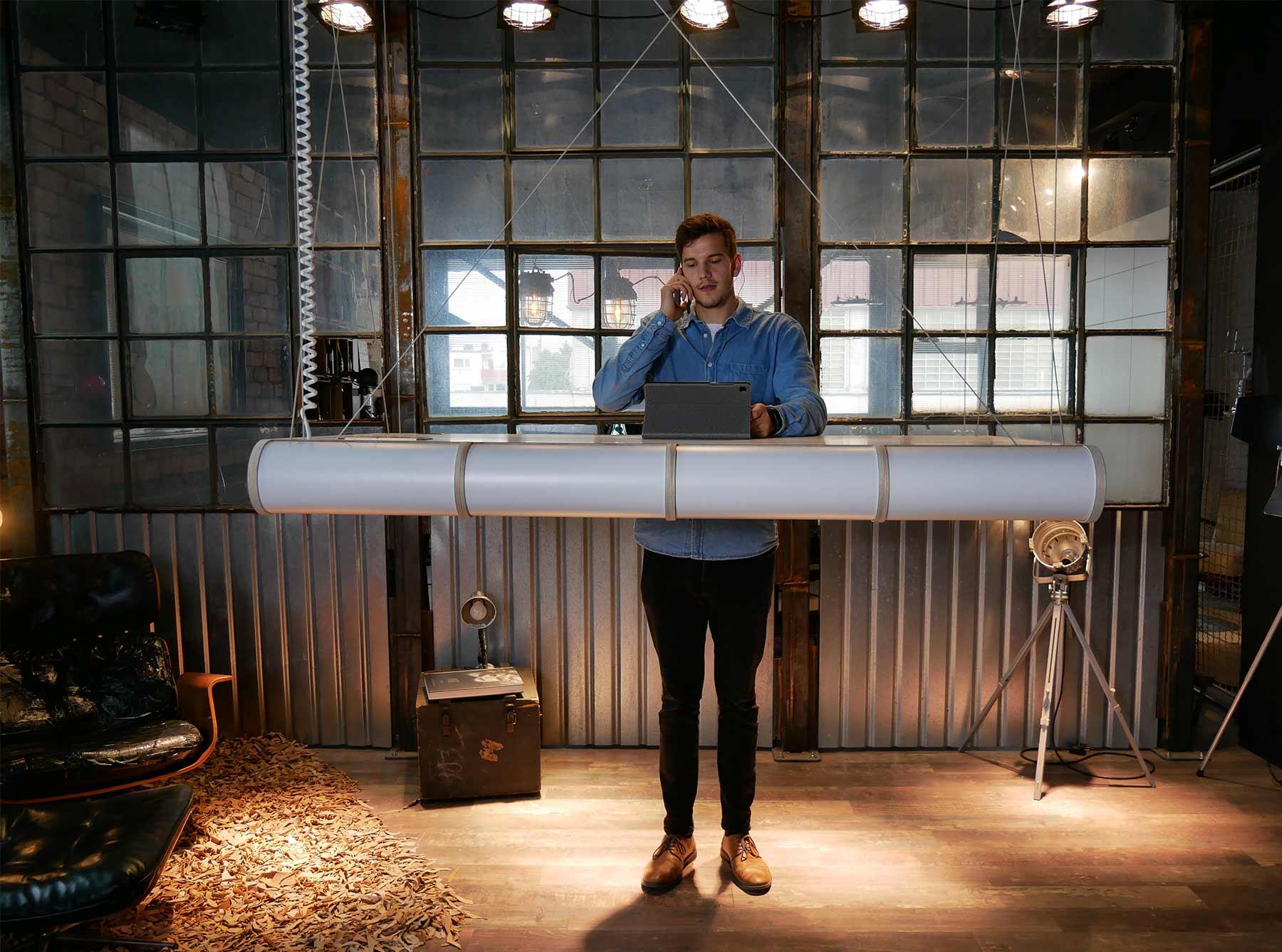 NOLEX – Der schwebende Schreibtisch