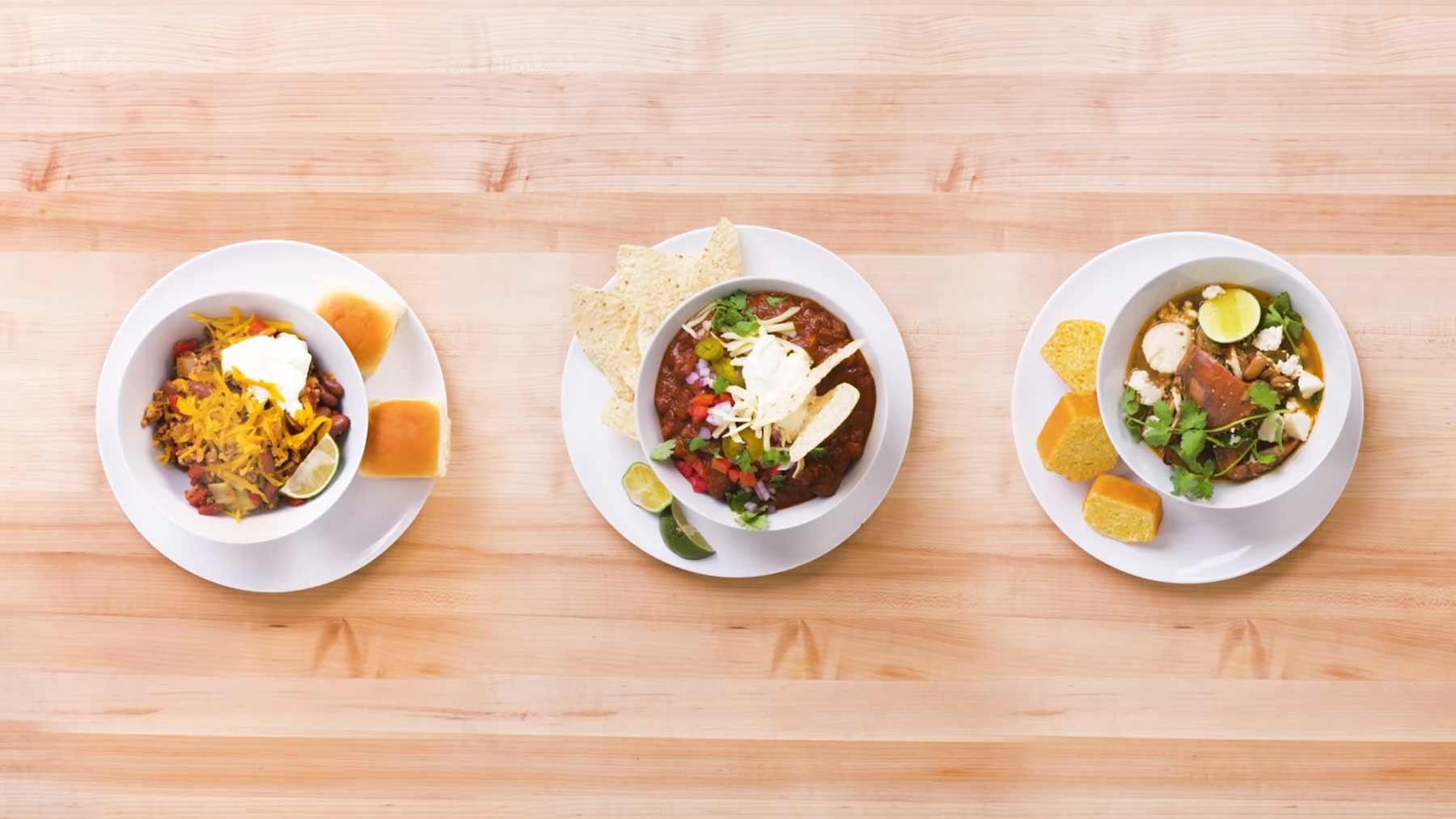 Köche unterschiedlicher Fähigkeitsstufen machen Chili chili-kochen-vier-stufen