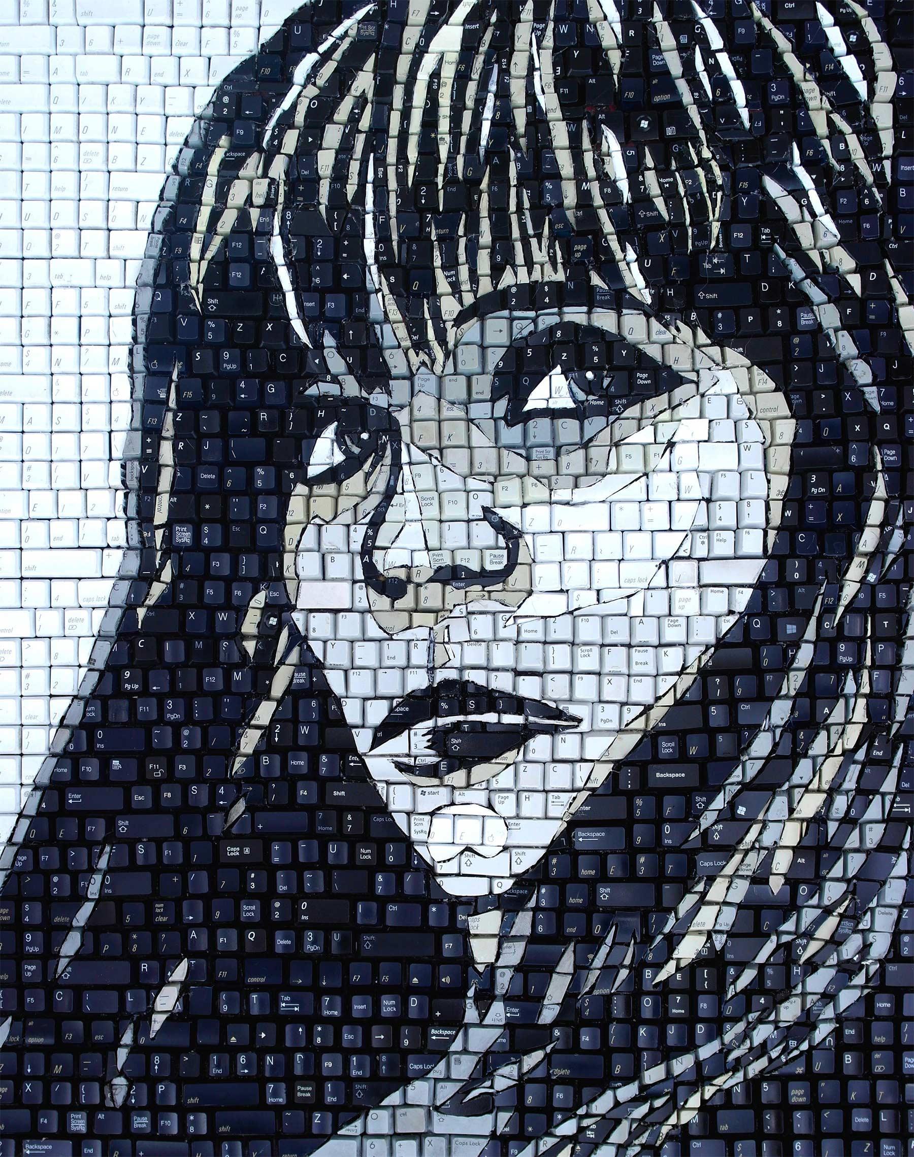 Tastatur-Tasten-Mosaike Monique-Sarfity-tastaturmosaik_03