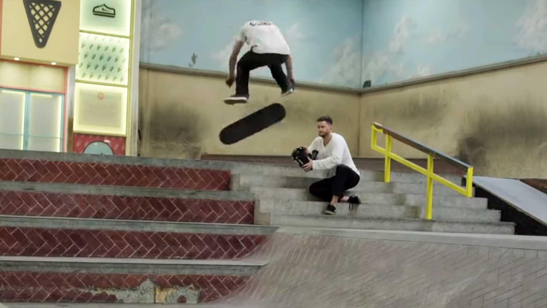Wie Yoshi Tanenbaum einen neuen Skateboard-Trick versucht Yoshi-Tanenbaum-versucht-skateboard-trick