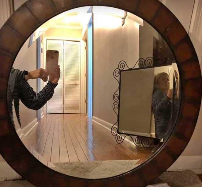 So skurril fotografieren Leute ihre verkäuflichen Spiegel spiegel-zu-verkaufen-artikelbild-skurril_12