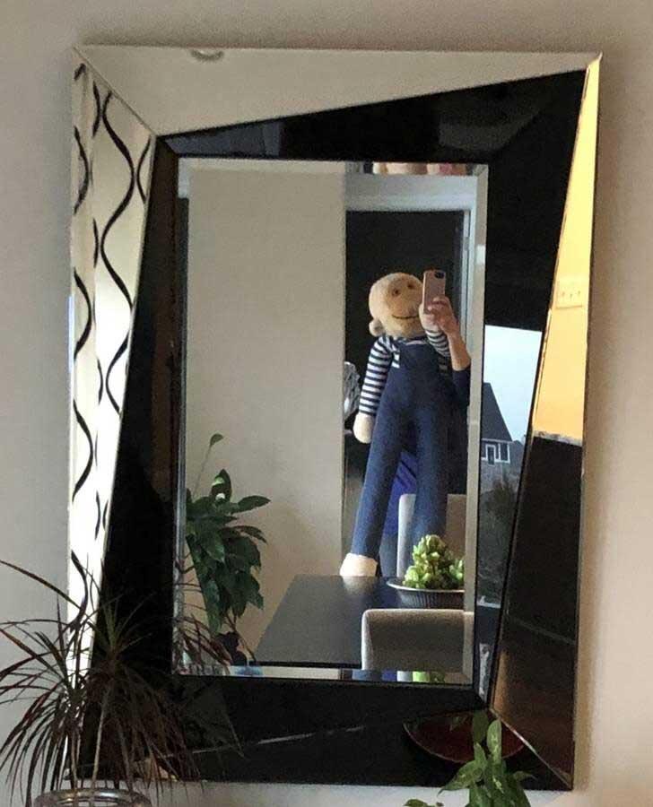 So skurril fotografieren Leute ihre verkäuflichen Spiegel spiegel-zu-verkaufen-artikelbild-skurril_15