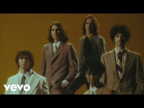"Musikvideo: The Strokes – ""Bad Decisions"""