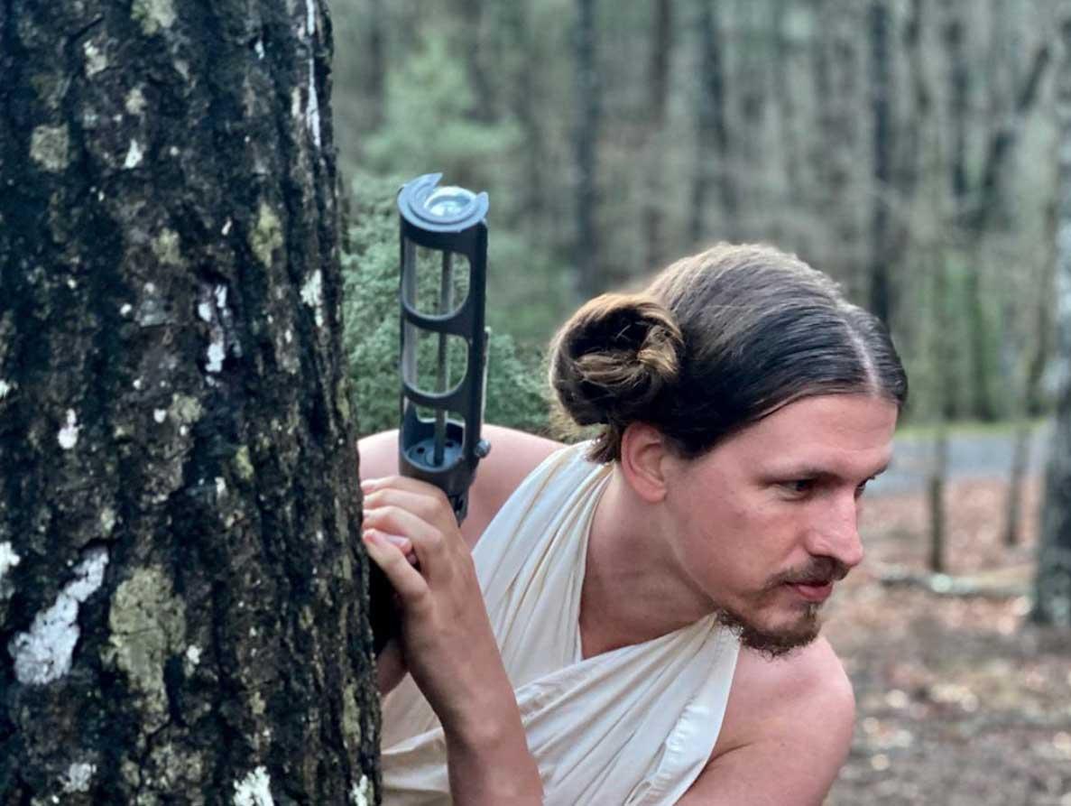 Arbeitsverhinderte Haarstylistin frisiert ihren Mann täglich neu Heidi-Oley_03