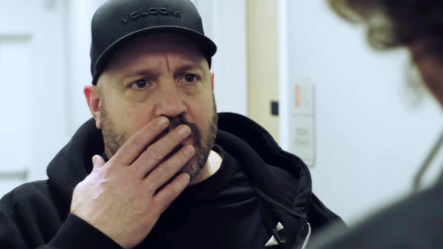 """Sketch mit Kevin James: """"Du hast da was!"""" kevin-james-du-hast-da-was-sketch"""