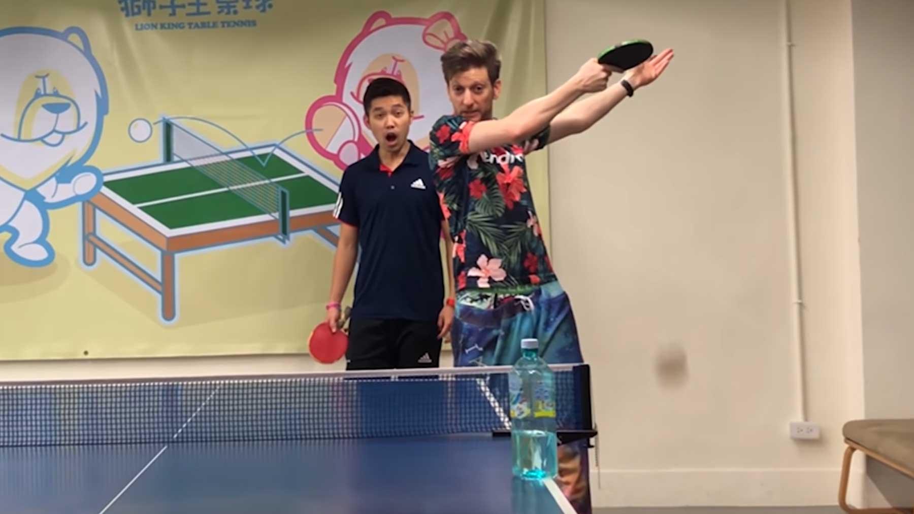 Total verrückte Tischtennis-Schläge von Adam Bobrow