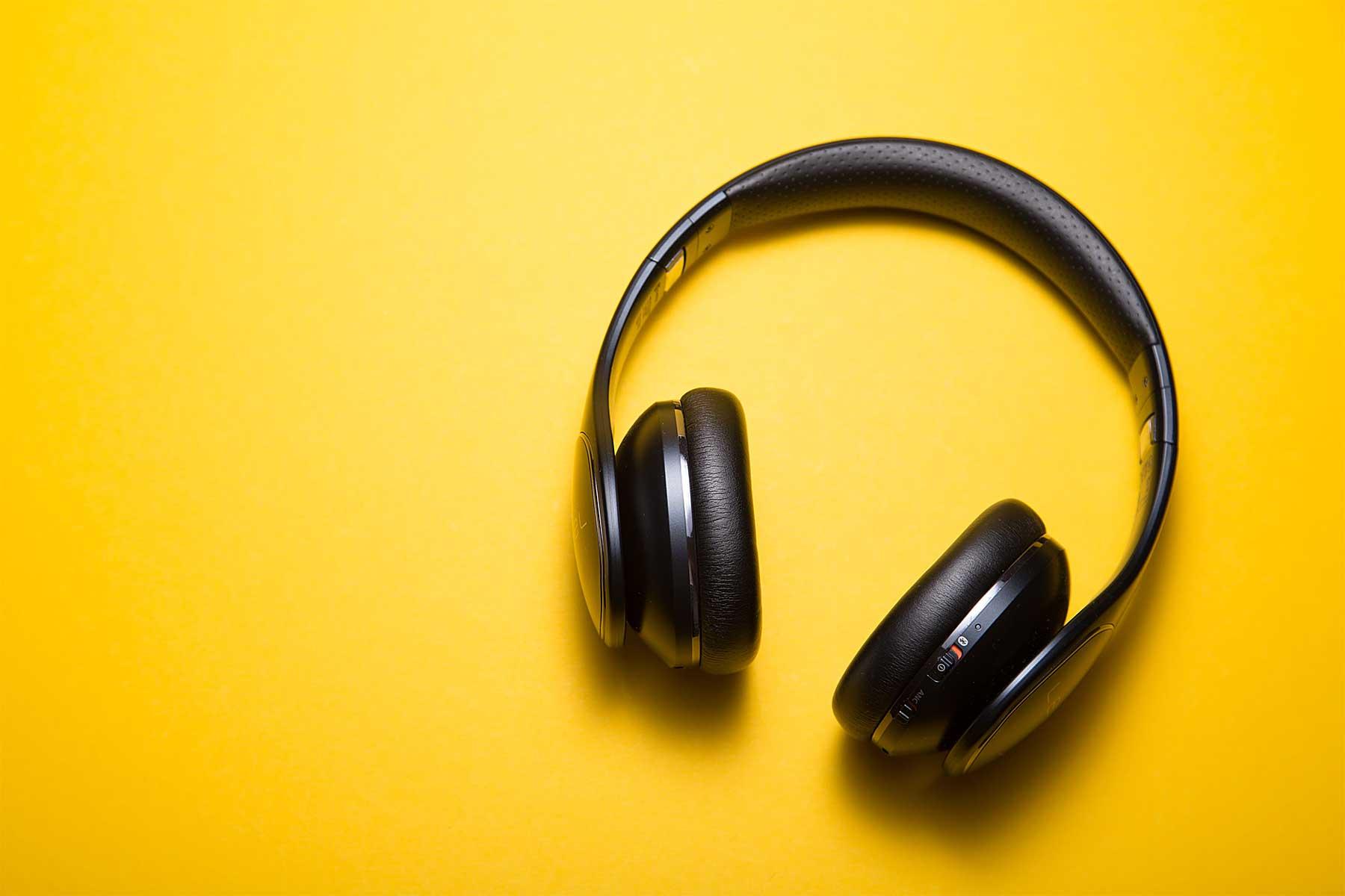Coronavirus: Musikquiz gemeinsam mit Freunden per Skype/Zoom machen