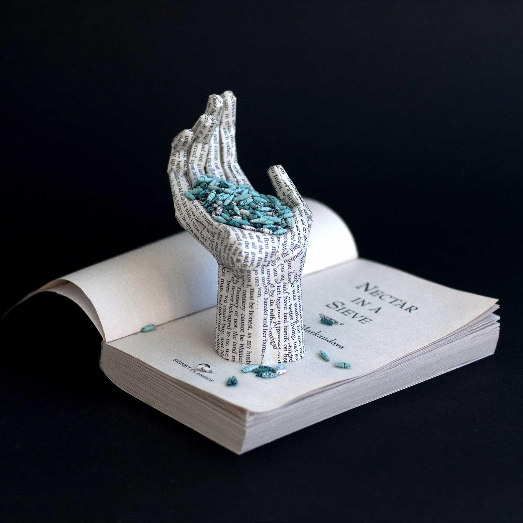 Buchseiten-Dioramen von Bethany Bickley Bethany-Bickley-book-sculptures_03