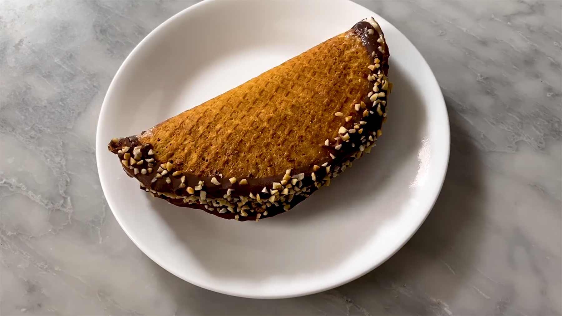 Gourmet-Köchin versucht, Choco Tacos selbst nachzumachen