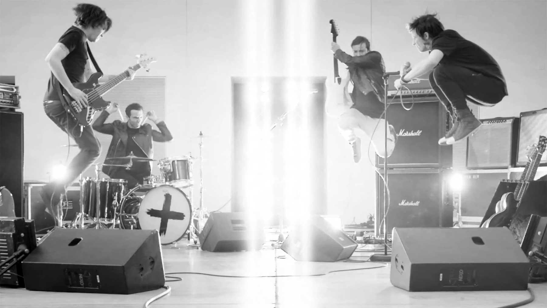 """PREMIERE: Sinplus – """"Escape"""" (Musikvideo)"""