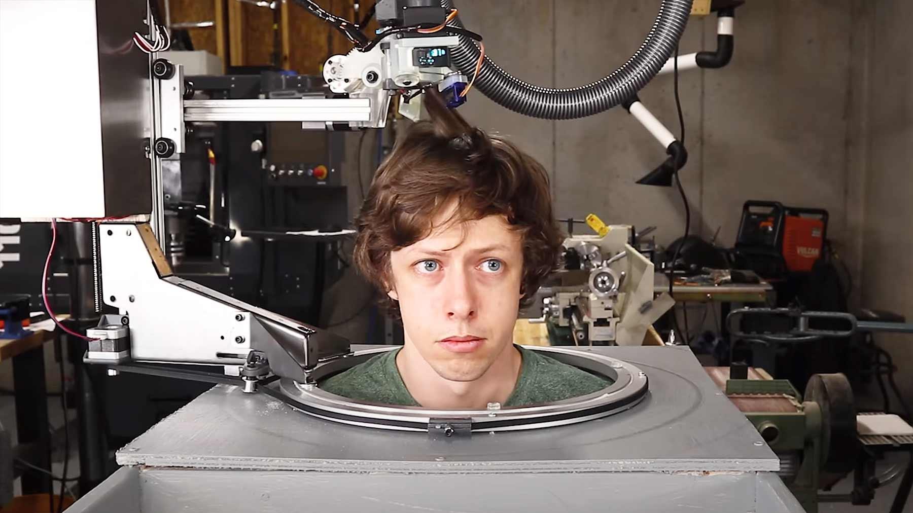 Selbst die Haare schneiden mit einem Friseur-Roboter