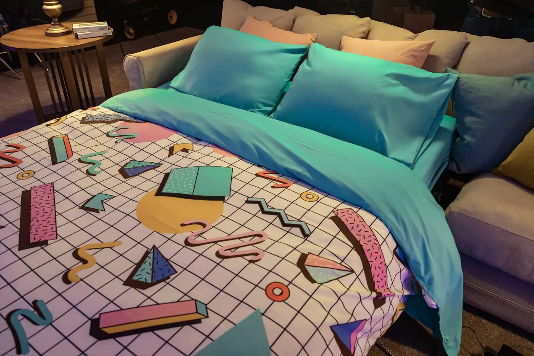 In der letzten Blockbuster-Filiale der Welt per Airbnb übernachten Blockbuster-letzte-filiale-airbnb-uebernachtung_05