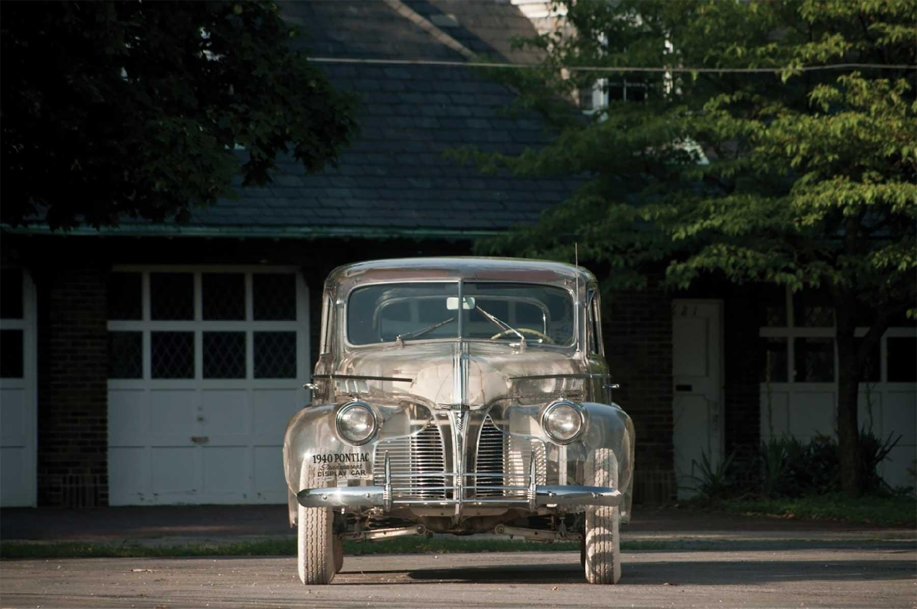Das erste durchsichtige Auto der Welt pontiac-ghost-car-1940_02