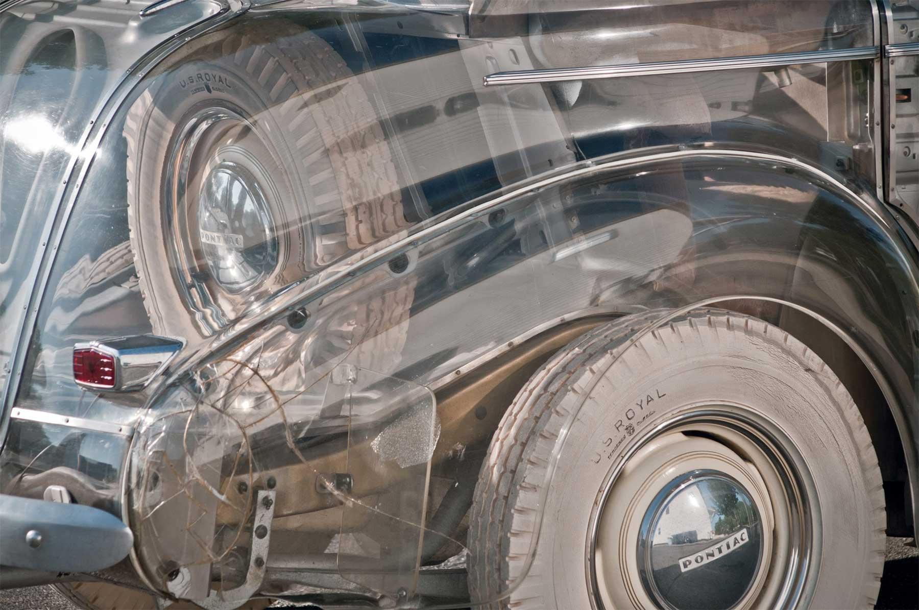 Das erste durchsichtige Auto der Welt pontiac-ghost-car-1940_04