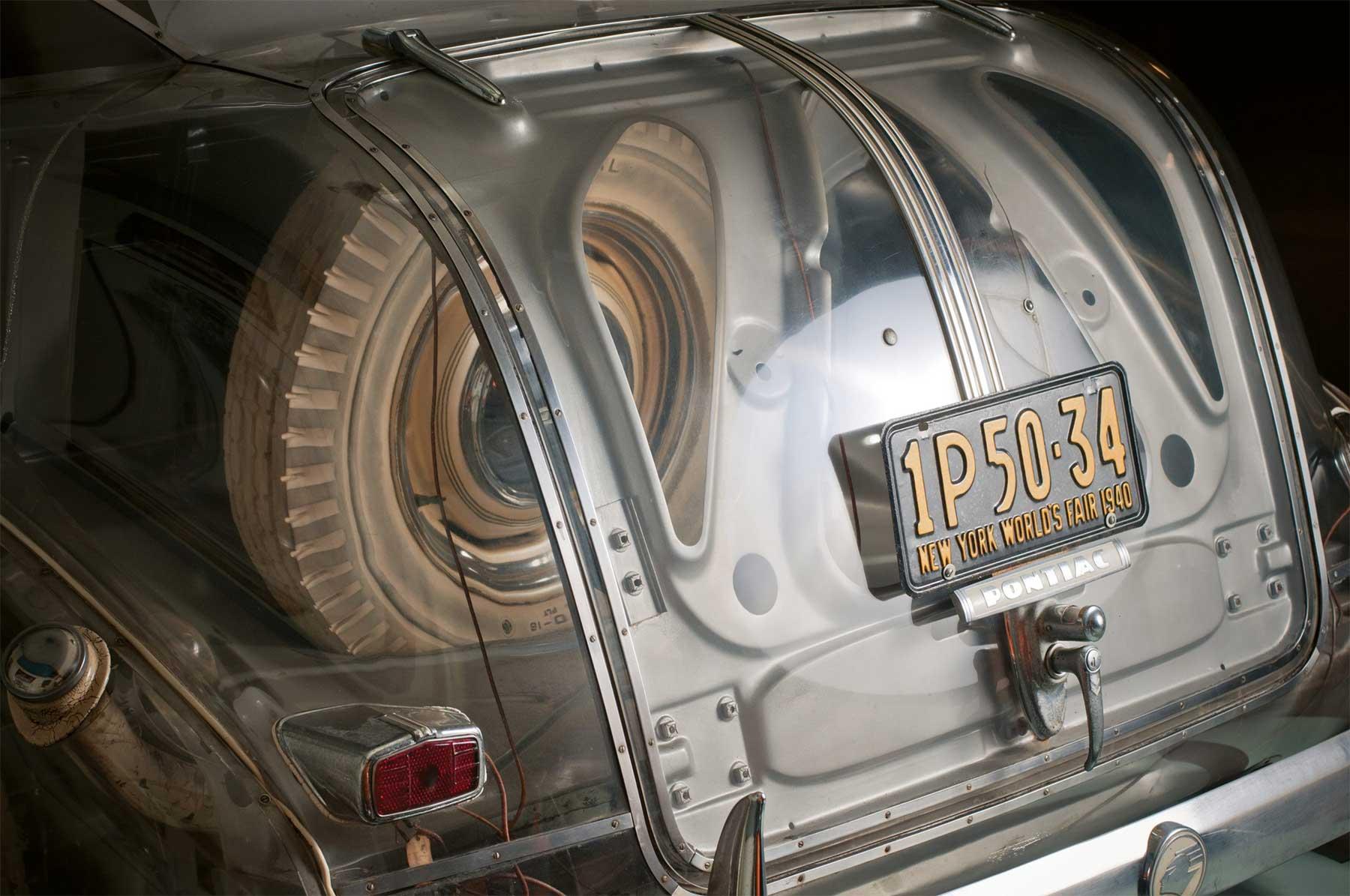 Das erste durchsichtige Auto der Welt pontiac-ghost-car-1940_05