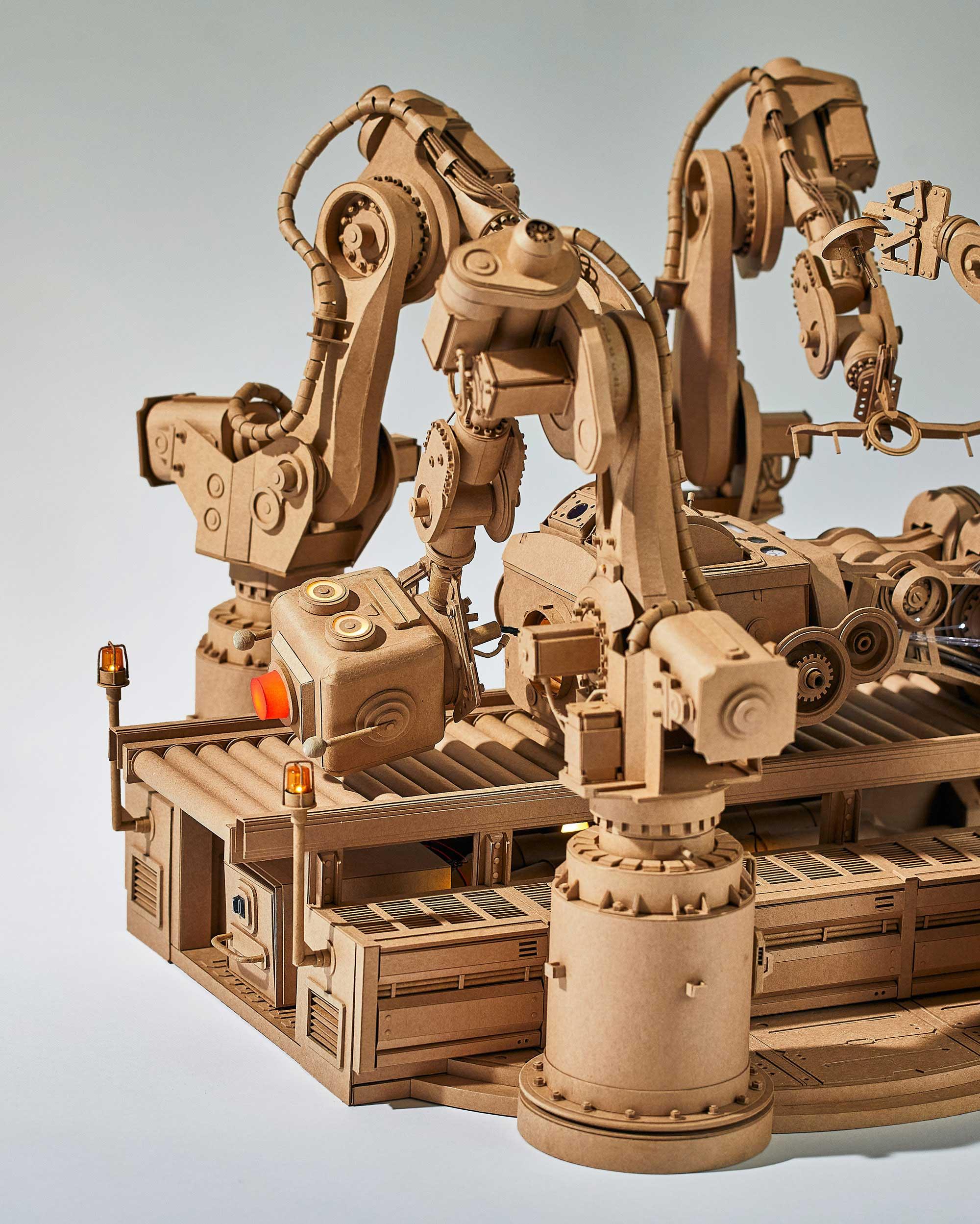 Neue Papp-Roboter von Greg Olijnyk Greg-Olijnyk-2020_05