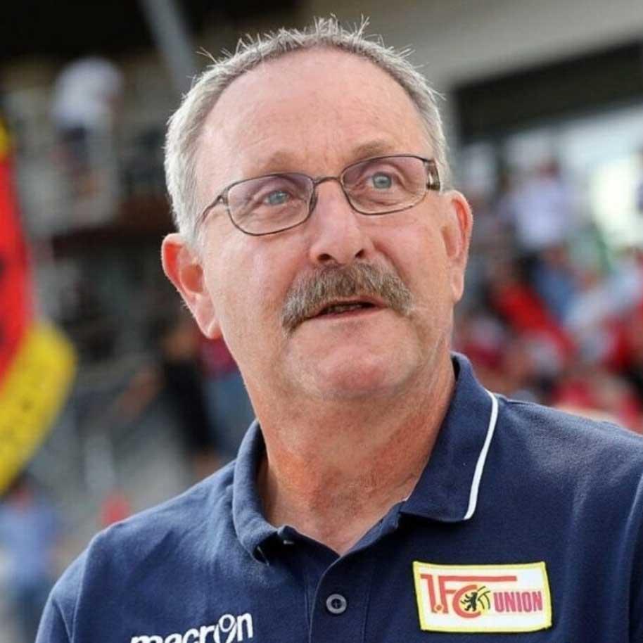 Alle Bundesligatrainer als Peter Neururer bundesligatrainer-als-peter-neururer_04