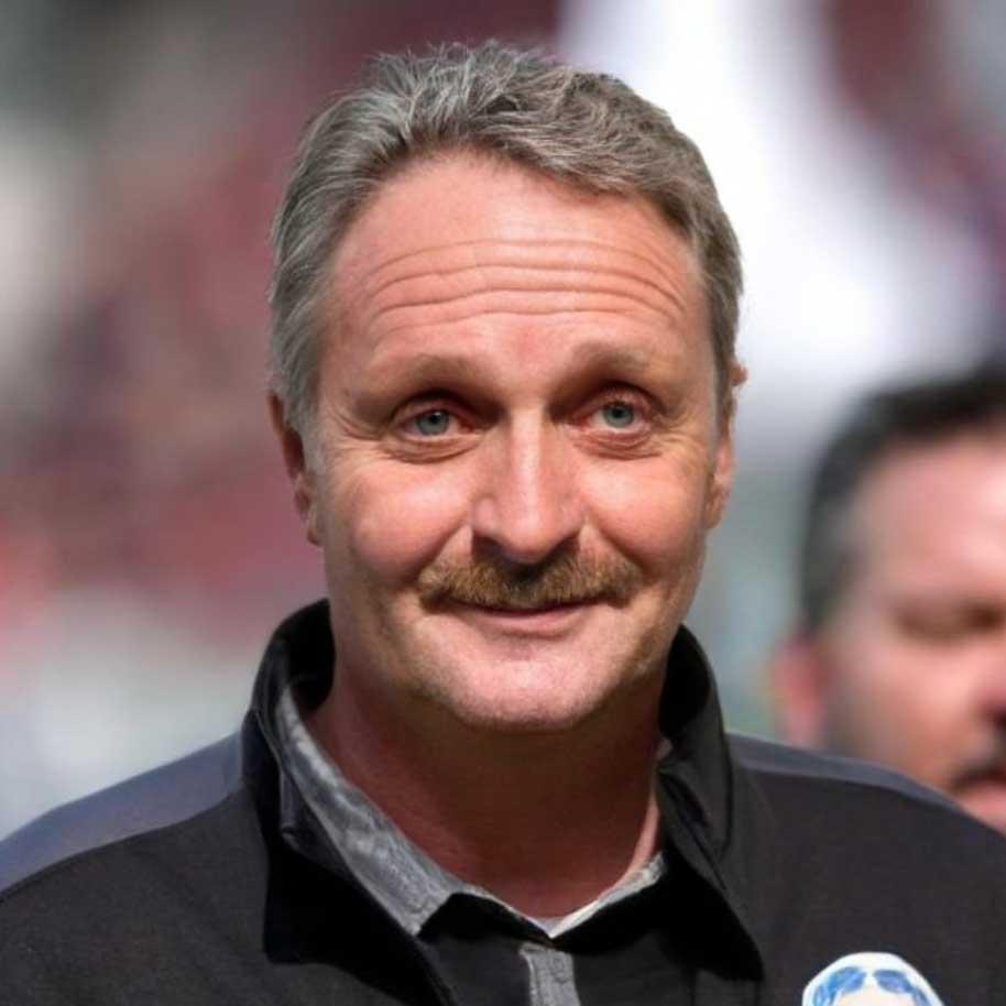 Alle Bundesligatrainer als Peter Neururer bundesligatrainer-als-peter-neururer_13