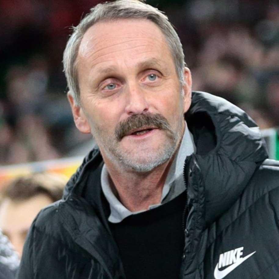 Alle Bundesligatrainer als Peter Neururer bundesligatrainer-als-peter-neururer_15