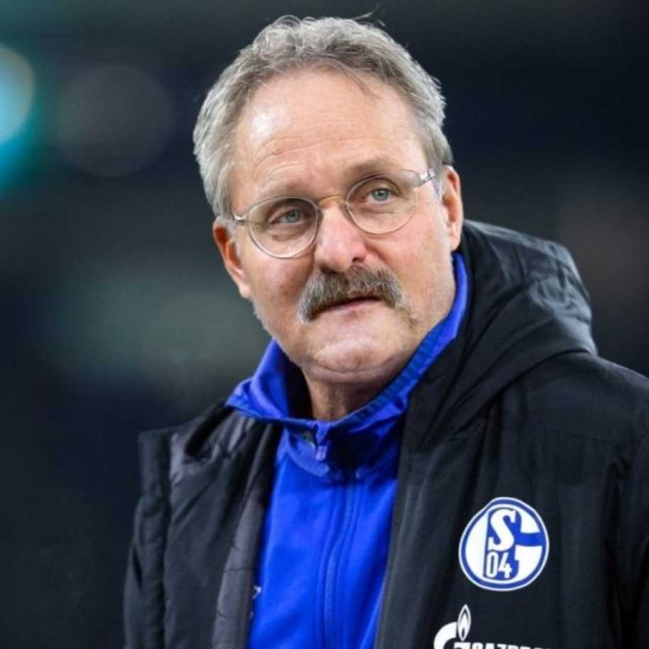 Alle Bundesligatrainer als Peter Neururer bundesligatrainer-als-peter-neururer_17