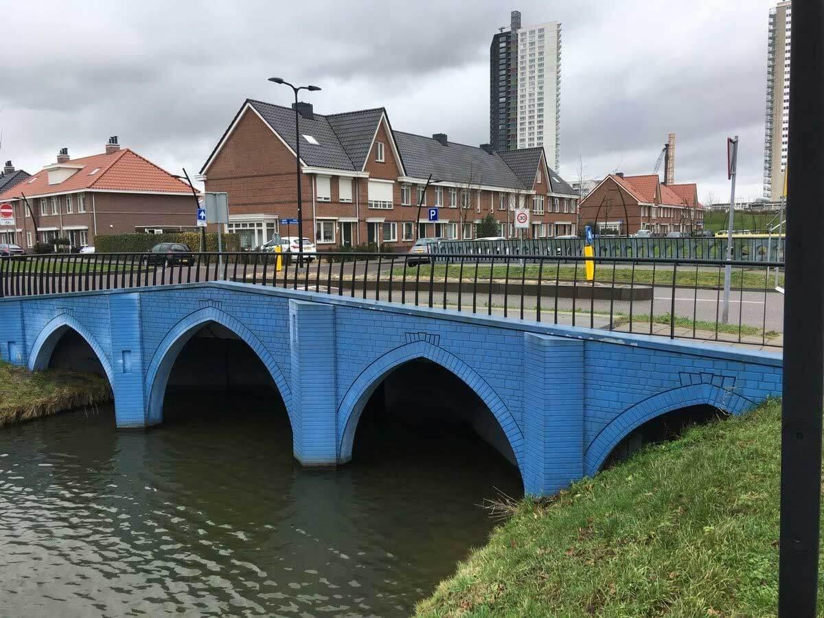 Robin Stam hat die Brücken von den Euro-Scheinen nachgebaut euroscheinbruecken_06