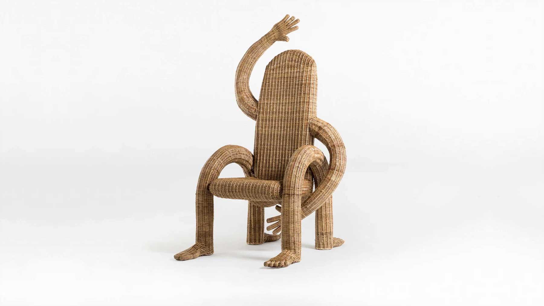 Stühle mit Armen und Beinen
