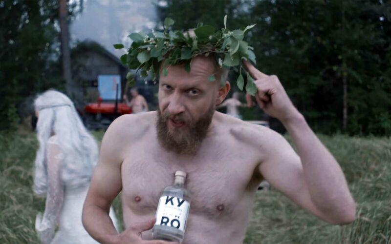 Charaktervolle One-Take-Werbung mit Nacktem: Kyrö Distillery
