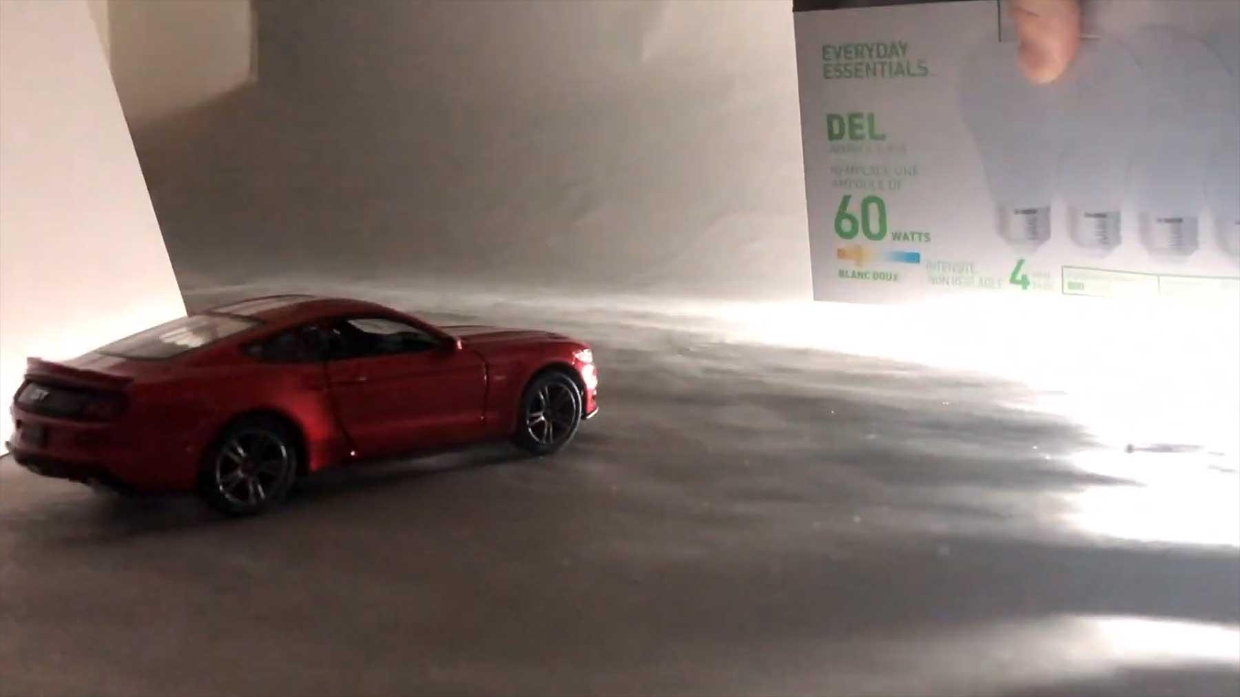 Autowerbespot mit einem Spielzeugauto machen
