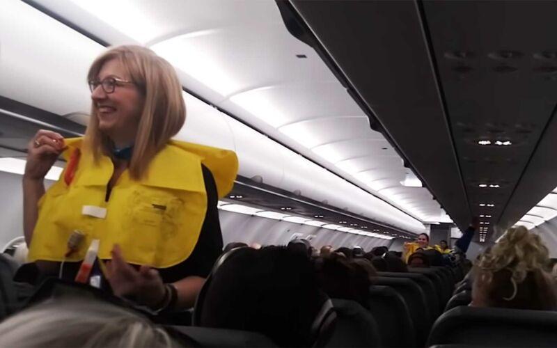 Lustige Flugsicherheits-Ansage