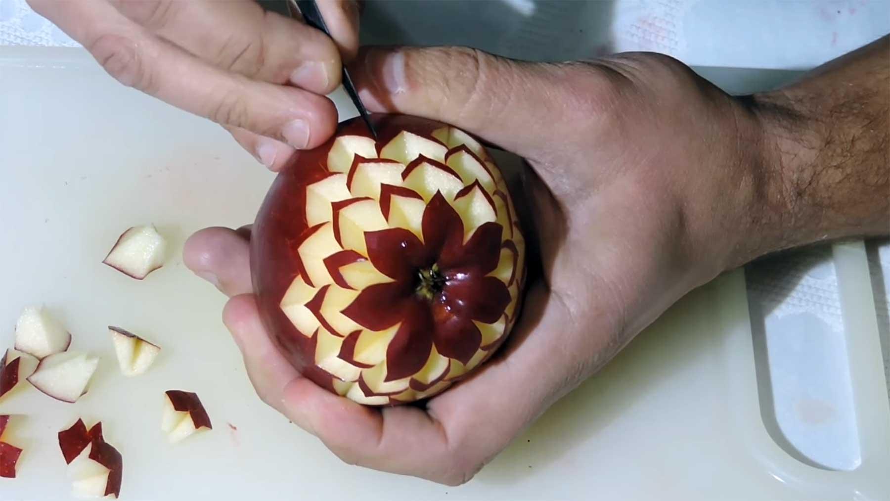 Frucht-Schnitzereien von J. Pereira