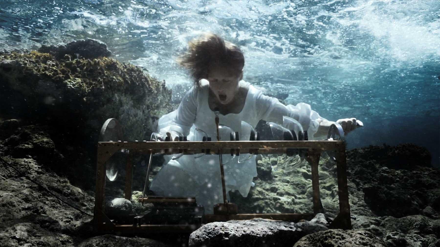 Unterwasser-Orchester spielt Europahymne für die Seenotrettung