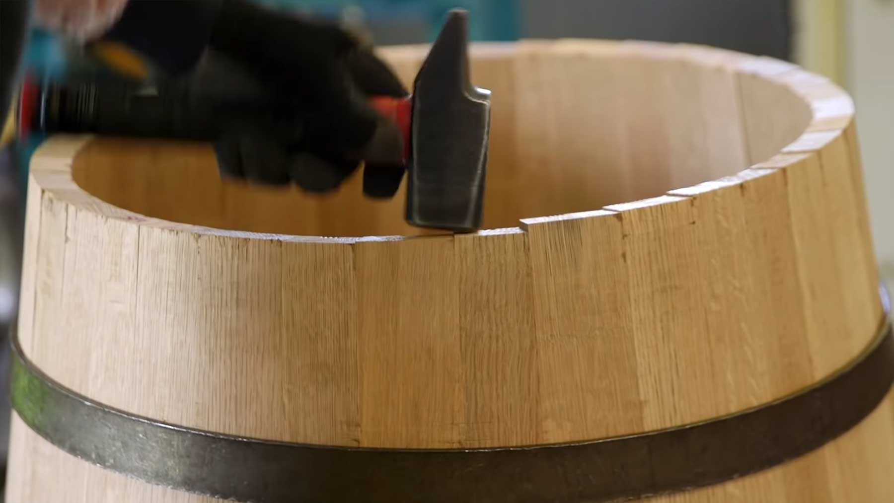 Video-Erklärung zur Herstellung von Whiskey-Fässern