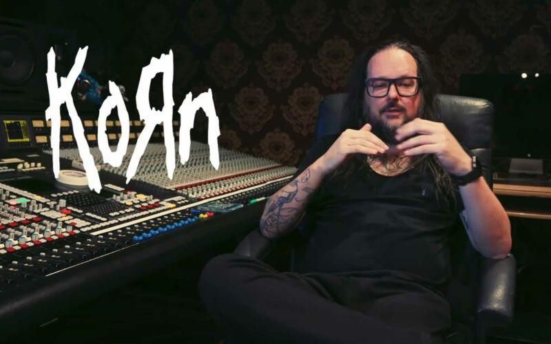 """Wie Jonathan Davis das Band-Logo von """"KoRn"""" erstellt hat"""