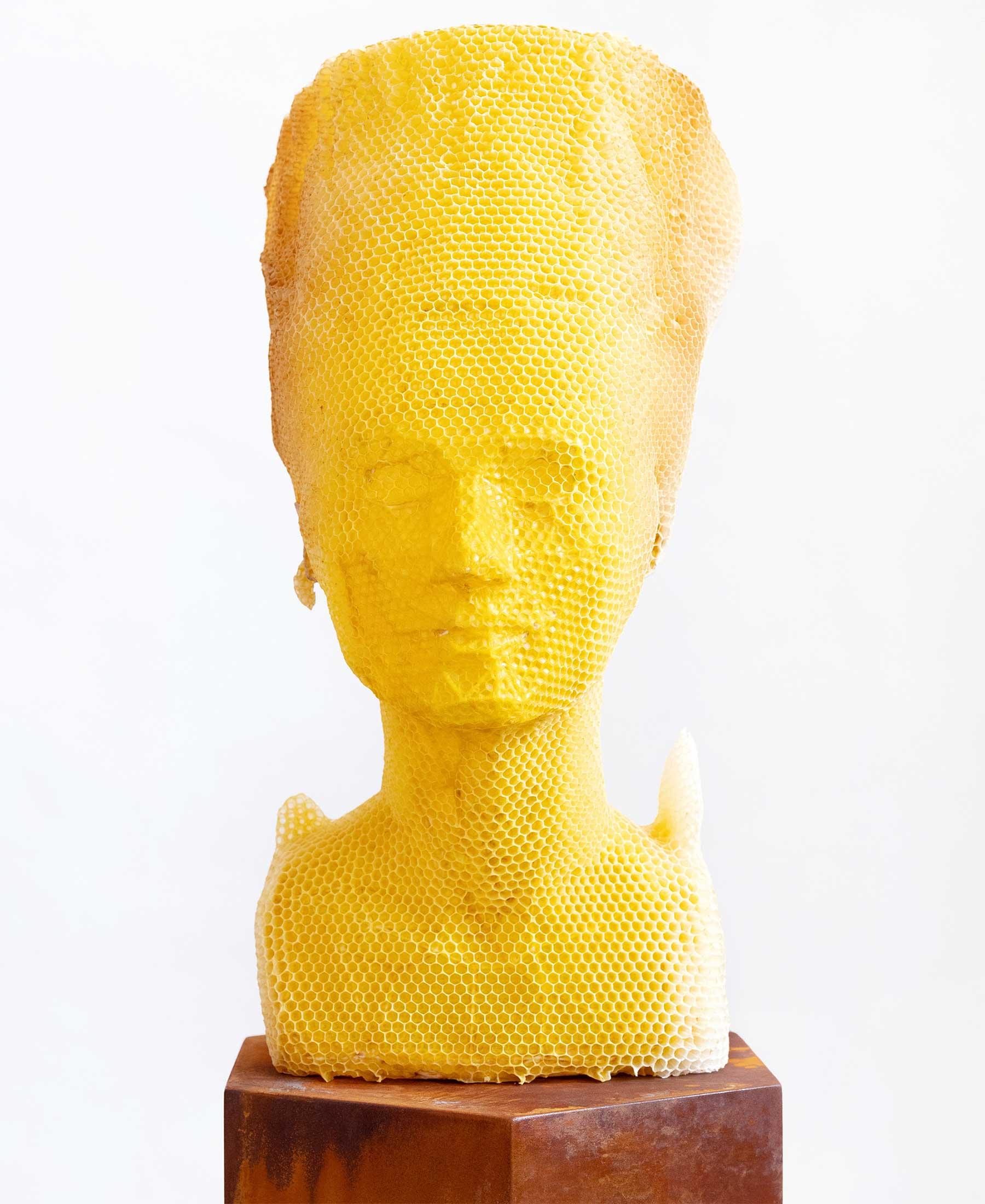 Bienenwachs-Skulpturen von Tomáš Libertíny Tomas-Libertiny-Bienenwachs-skulpturen_01