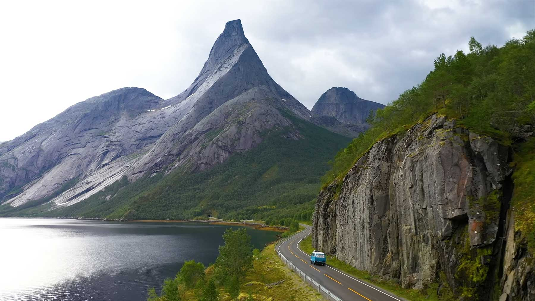 Eine entspannende Stunde durch das schöne Norwegen reisen