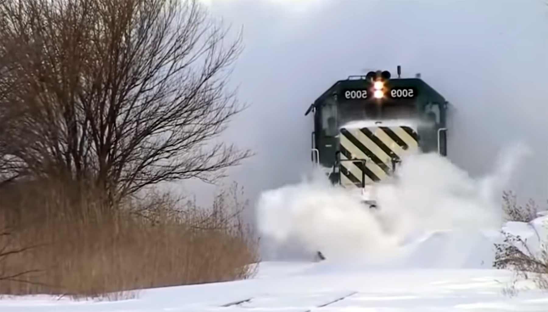 Ganz viele schneeräumende Züge