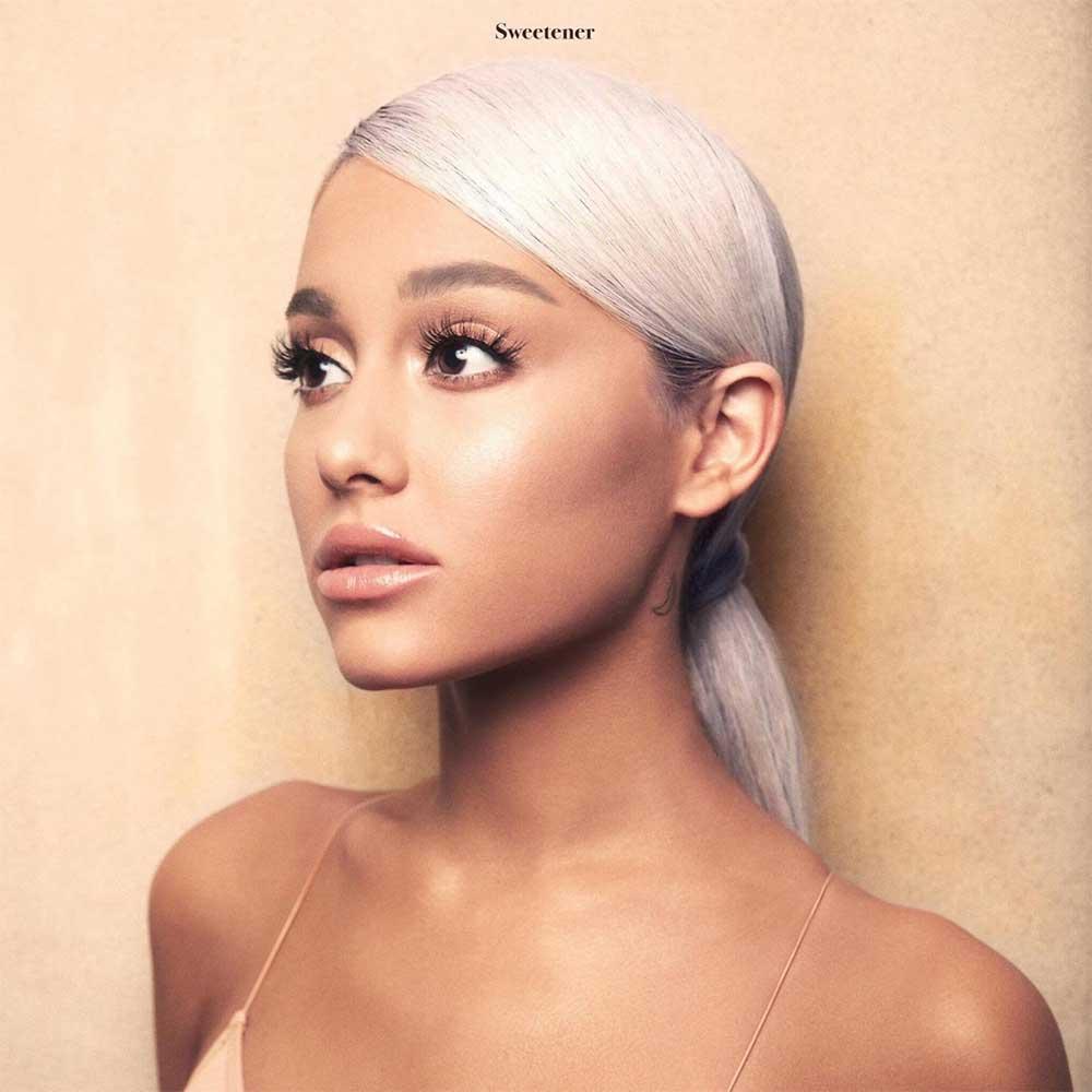 Albumcover mit jeweils exakt einer Veränderung drin 03_Ariana-Grande_Sweetener_FAELSCHUNG