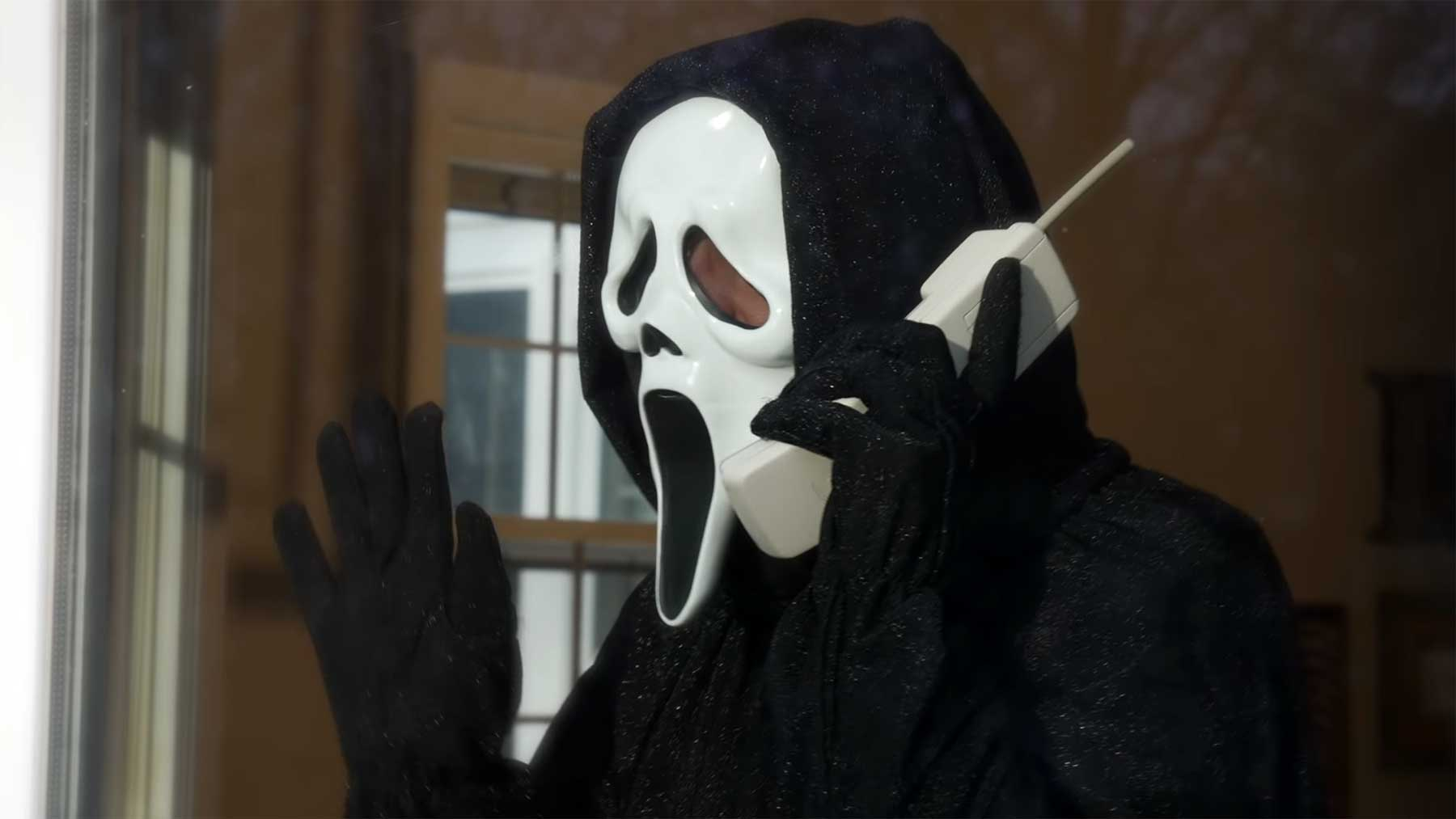 "Ghostface singt ""Call Me, Sidney"" statt ""Call Me Maybe"""
